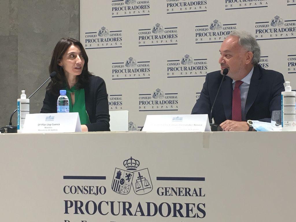 Ministra de Justícia Pilar LLop i President del Consejo de Procuradores , Juan Carlos Estévez